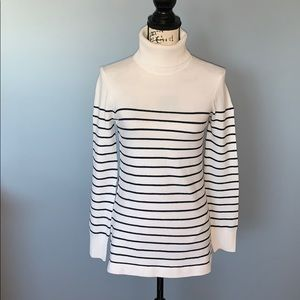 FRENCH CONNECTION white/black stripe turtleneck